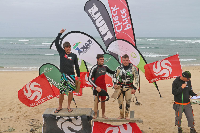 Kitesurfing contest